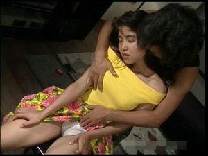 【無修正】1987年にデビューした高原流美は、そのアイドル並みのルックスで人気を博した。